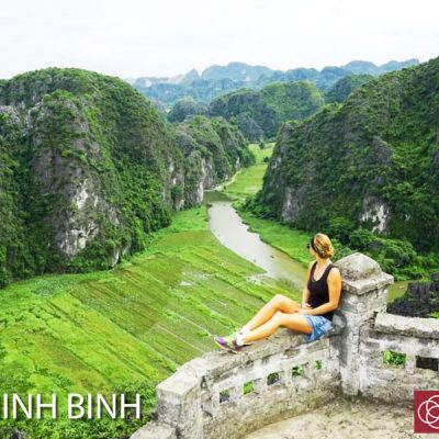 Sightseeing in Tam Coc (Ninh Binh)