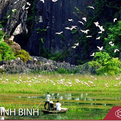 Sightseeing in Ninh Binh Vietnam